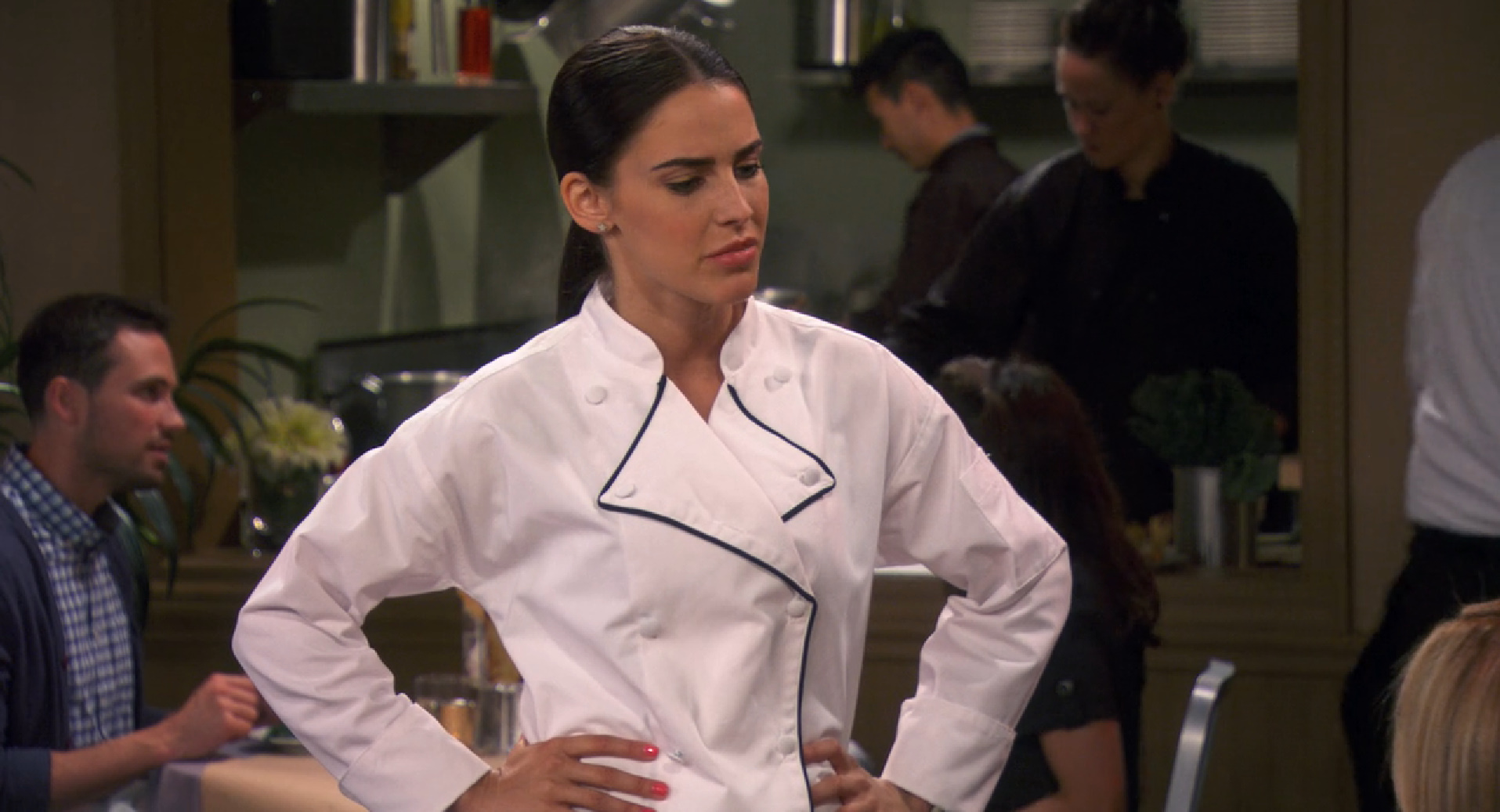 'Young & Hungry' 1.03 Screencaps